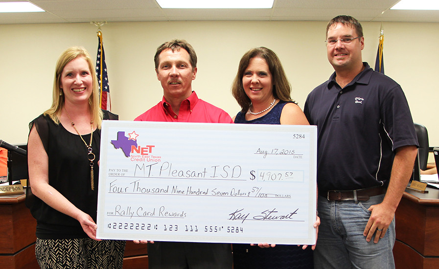 Northeast Texas Credit Union Presents Check To MPISD Foundation