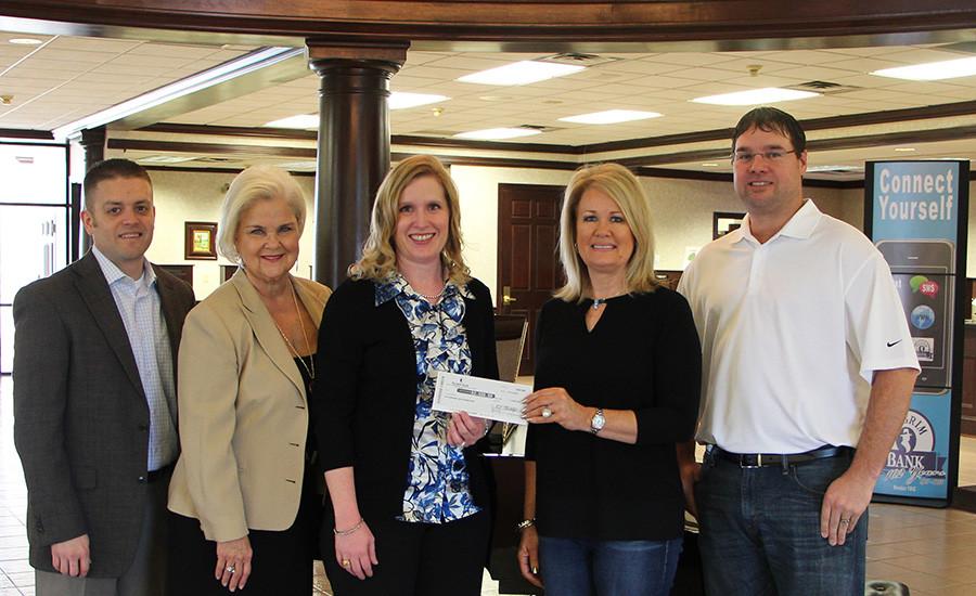 Pilgrim Bank Donates To MPISD Foundation